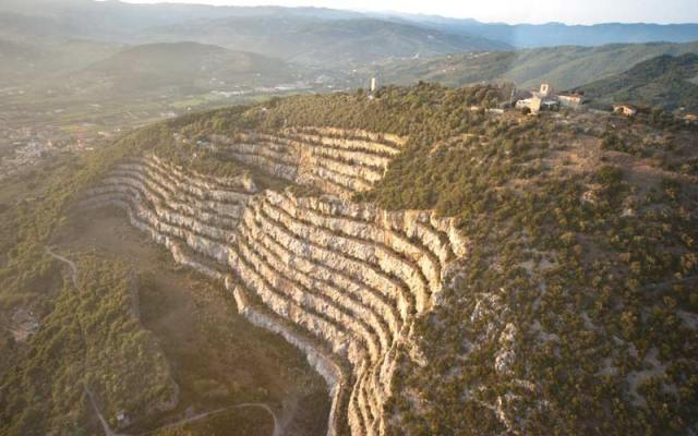 Stone quarry of Monsummano Terme